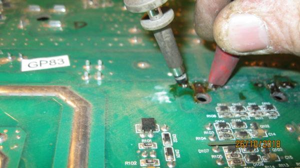 Замер формы сигнала на силовых транзисторах Ресанта 190 проф